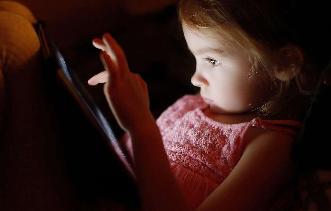 Qual a hora certa para as crianças terem um celular?
